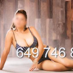 Julia - 649746886